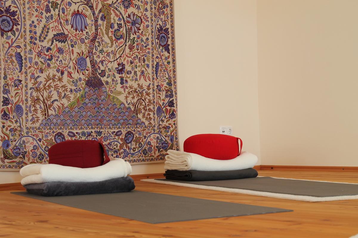 Yogaschule Yogaimpuls Übungsmatten 02