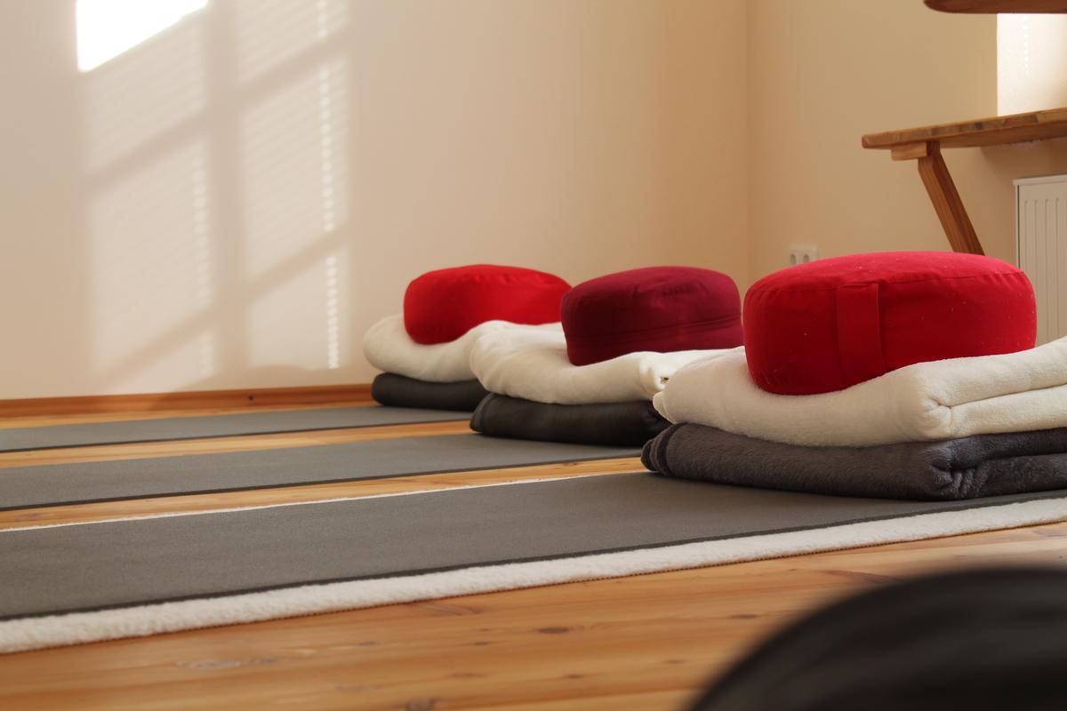 Yogaschule Yogaimpuls Übungsmatten 03